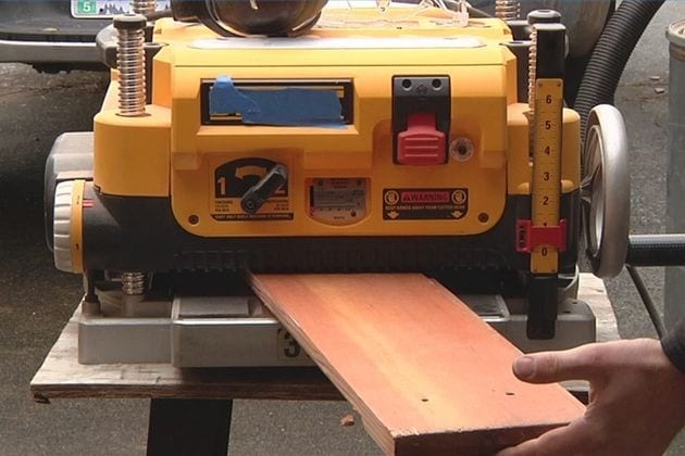 how to use a manual planer